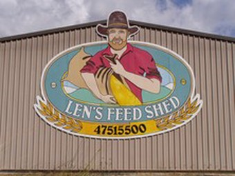 Len's Feed Shed
